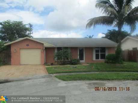 9241 NW 32nd Pl - Photo 1
