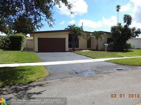 223 S 56th Ter - Photo 1