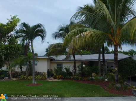 1941 SW 36th Ave - Photo 1