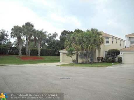 1297 Isleworth Ct - Photo 1