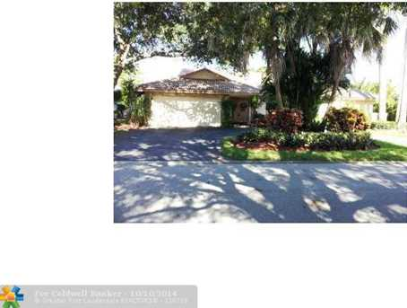 271 NW 107th Ave - Photo 1