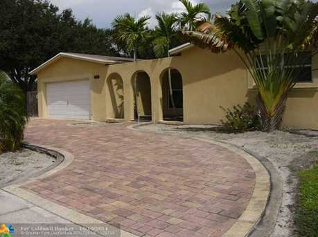 5200 SW 89th Ave - Photo 1