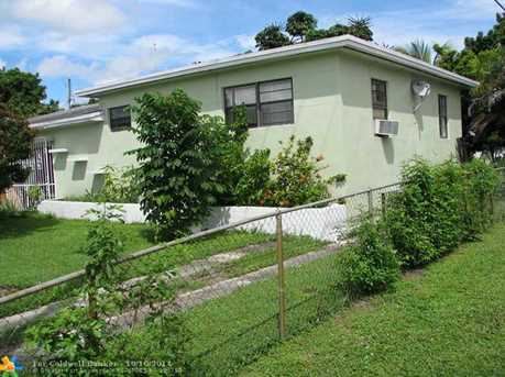 19115 NW 11th Ct - Photo 1