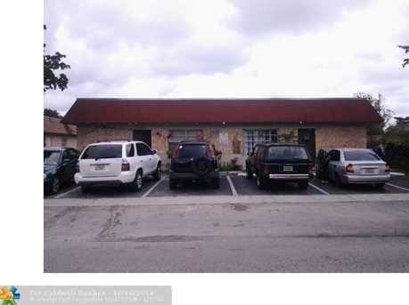 7801 SW 10th Ct - Photo 1