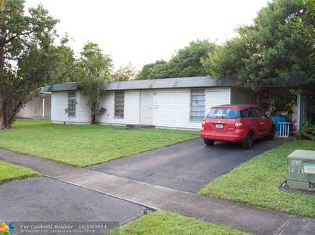 7917 NW 71st Ave - Photo 1