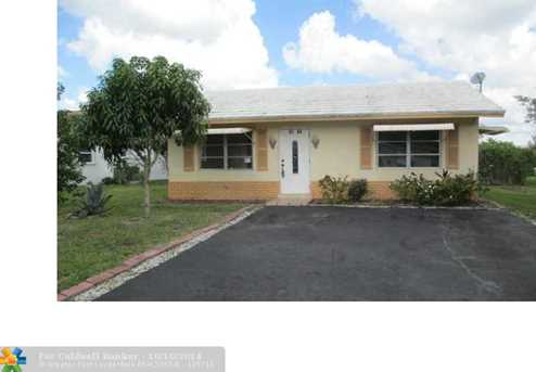 9705 NW 70th St - Photo 1