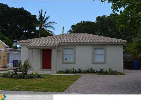 1504 NW 3rd Ave - Photo 1