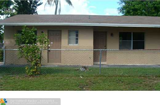 1400 NW 2nd Ave - Photo 1