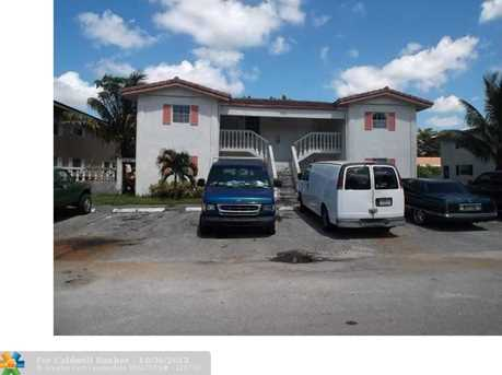 7901 NW 35th Ct - Photo 1