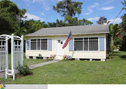 1905 SW 11th Ct - Photo 1