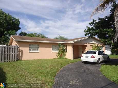 1101 NW 46th Ave - Photo 1