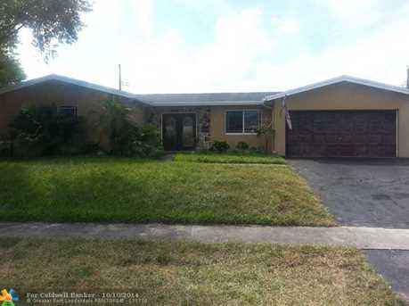 4410 NW 7th St - Photo 1