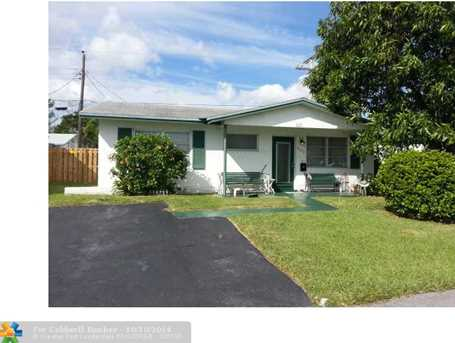 4579 NW 17th Ter - Photo 1