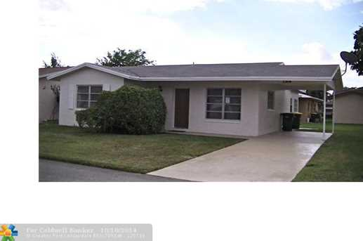 7304 NW 60th St - Photo 1