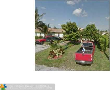 4560 SW 43rd Ter - Photo 1