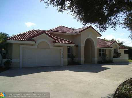 10030 NW 37th St - Photo 1