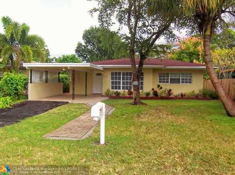 1624 NW 7th Ave - Photo 1