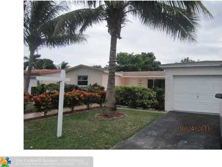 3564 NW 42nd St - Photo 1