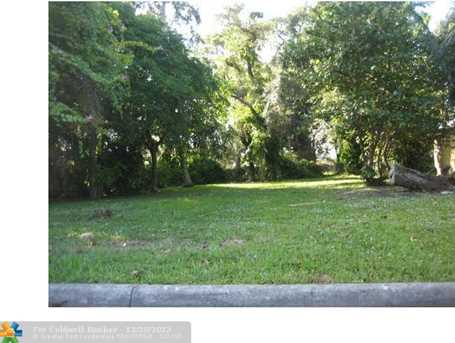 2820 NW 9th Pl - Photo 1