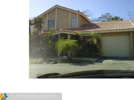 9061 NW 13th Ct - Photo 1