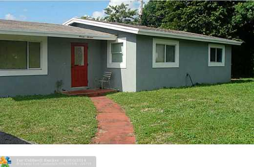 1113 NW 17th St - Photo 1