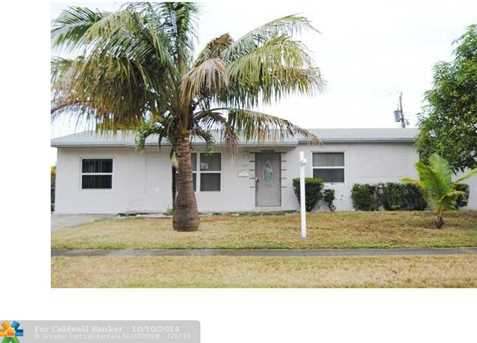 4971 NW 14th St - Photo 1
