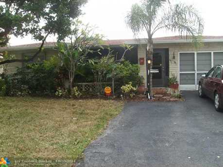 1050 NW 49th Ct - Photo 1