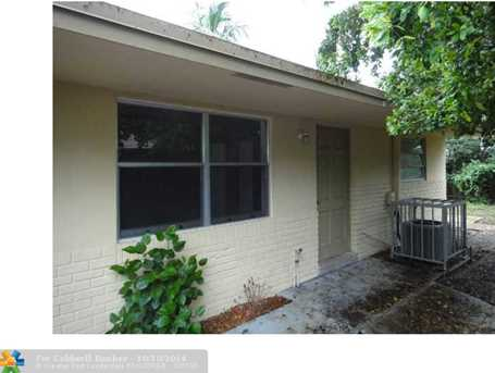 1713 SW 11th St - Photo 1