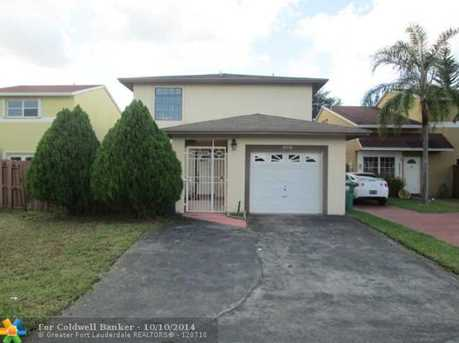 10718 SW 148th Ct - Photo 1