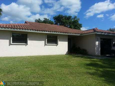 11295 SW 55th Pl - Photo 1
