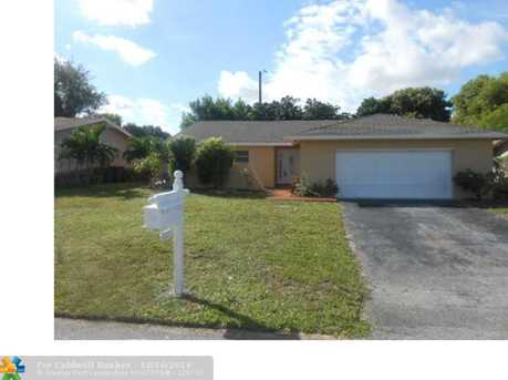 3200 NW 63rd St - Photo 1
