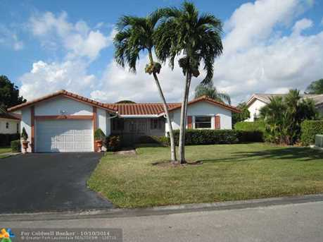 10419 NW 70th Ct - Photo 1