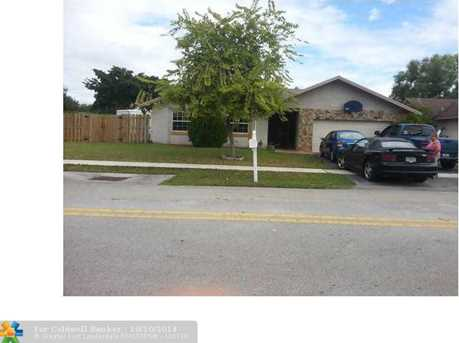 4850 NW 93rd Ter - Photo 1
