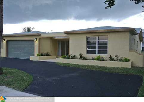 10141 NW 24th Ct - Photo 1