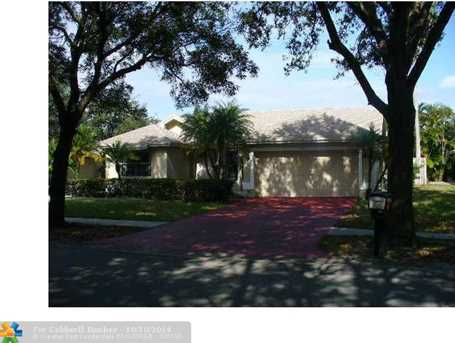 9515 NW 25th Ct - Photo 1