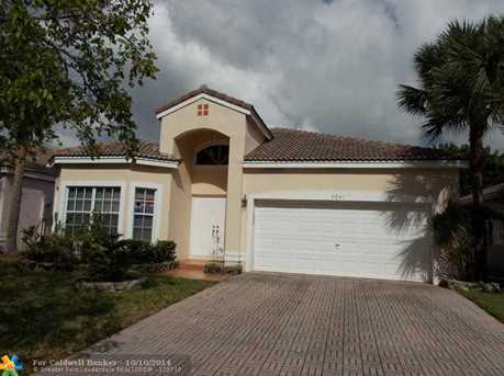 4041 NW 62nd Ct - Photo 1