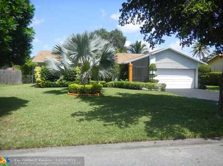2715 NW 98th Ter - Photo 1