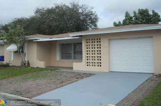 6825 NW 9th Ct - Photo 1