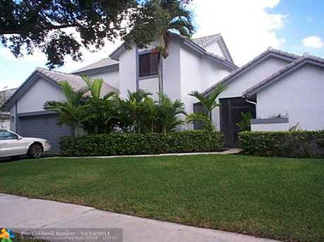 1860 NW 106th Ter - Photo 1