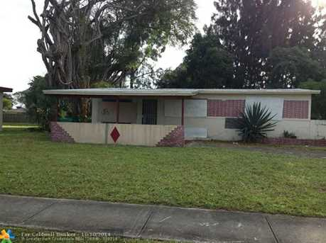 550 NW 33rd Ter - Photo 1