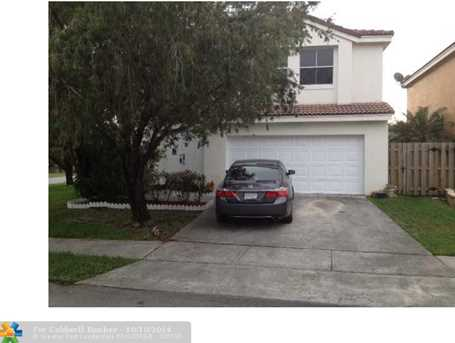 7400 Viscaya Cir - Photo 1