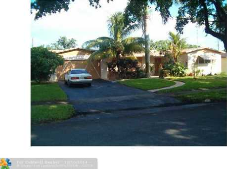 528 NW 47th Ave - Photo 1
