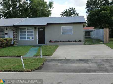 4110 NW 39th Ave - Photo 1