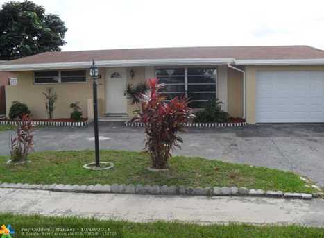 8490 NW 27th Pl - Photo 1