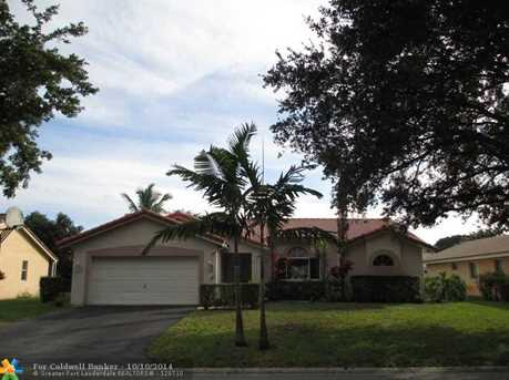9828 NW 28th Ct - Photo 1