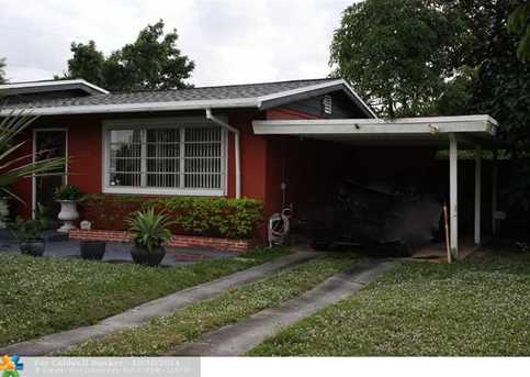 1118 NW 17th St - Photo 1