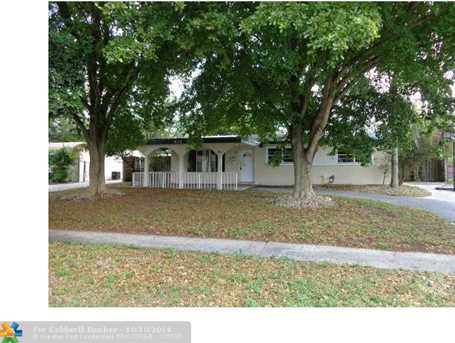 401 SW 70th Ave - Photo 1