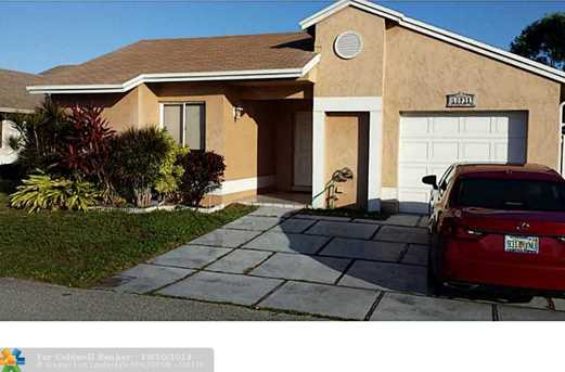 10931 SW 10th Ct - Photo 1