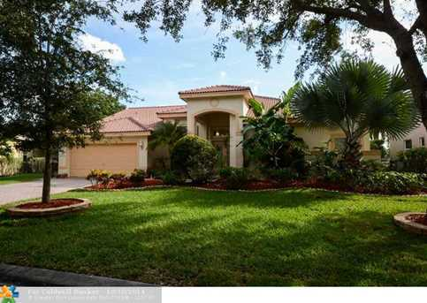 10200 NW 52nd St - Photo 1