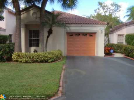 10921 NW 10th Ct - Photo 1